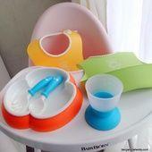 Du pep's à table avec la vaisselle et les bavoirs Babybjörn