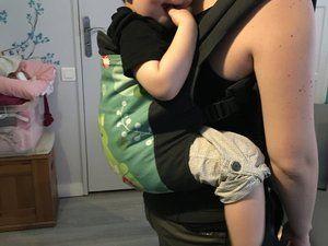En portage dorsal avec baby Securange 88cm