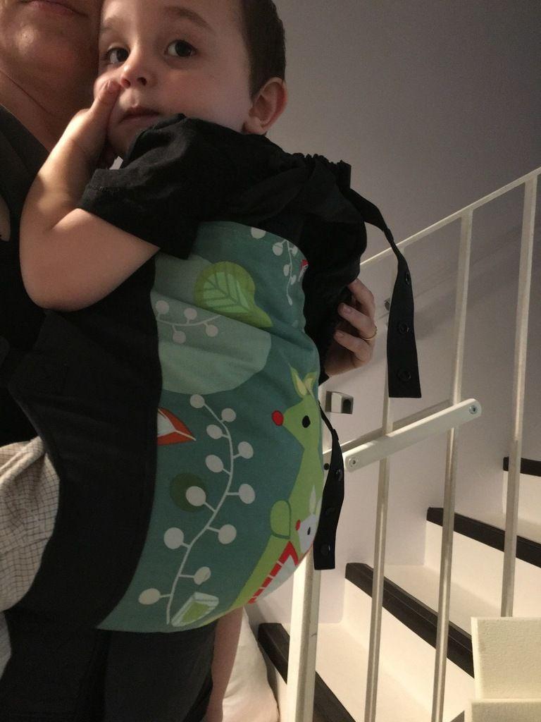 En portage ventrale avec baby Securange 88cm